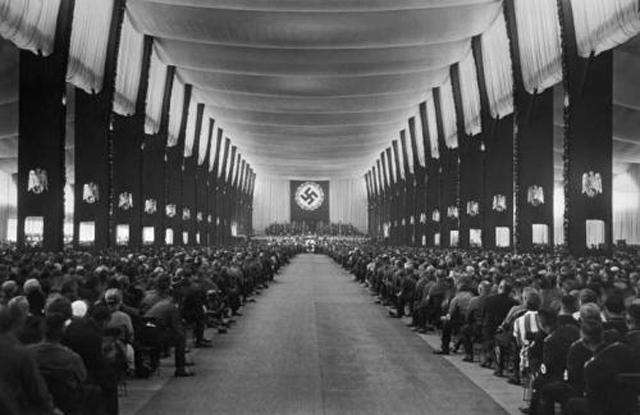 Reichsparteitag des Sieges 1933. Der Parteikongrefl tagt in der Luitpoldhalle