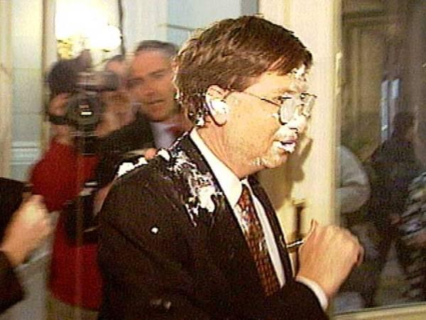 Bill Gates,PieFace,Pieing