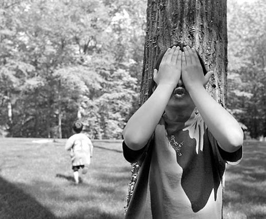 hide_and_seek ΚΡΥΦΤΟ ΚΡΥΦΤΟΎΛΙ KRIFTO SYNTIRITIKOS CONSERVATIVE NEOLIBERAS LEFT