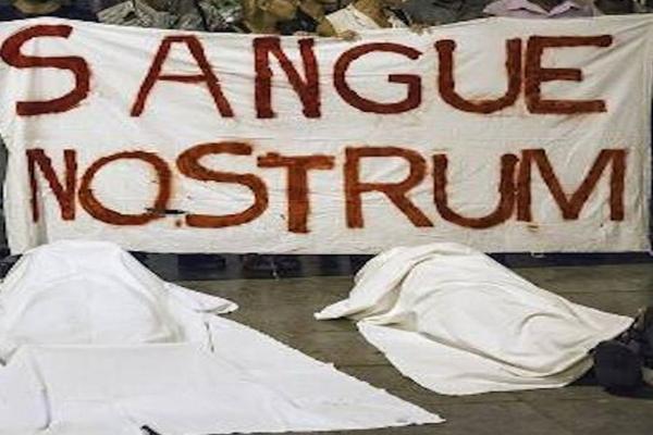 Λαμπεντούζα: Αποδοκιμασίες κατά του Μ. Σουλτς σε ... www.imerisia.gr › ΕΙΔΗΣΕΙΣ › ΚΟΣΜΟΣ Πριν από 2 ώρες - Ο πρόεδρος του Ευρωπαϊκού Κοινοβουλίου Μάρτιν Σουλτς αποδοκιμάσθηκε από ομάδα κατοίκων της Λαμπεντούζα σήμερα, κατά τη διάρκεια ...