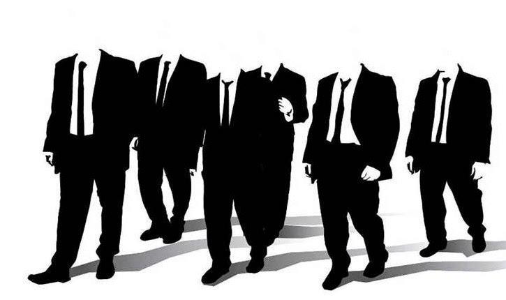 Η κοινωνία απορρίπτει το πολιτικό σύστημα, αλλά αυτό αδιαφορεί και την εξουσιάζει άνετα