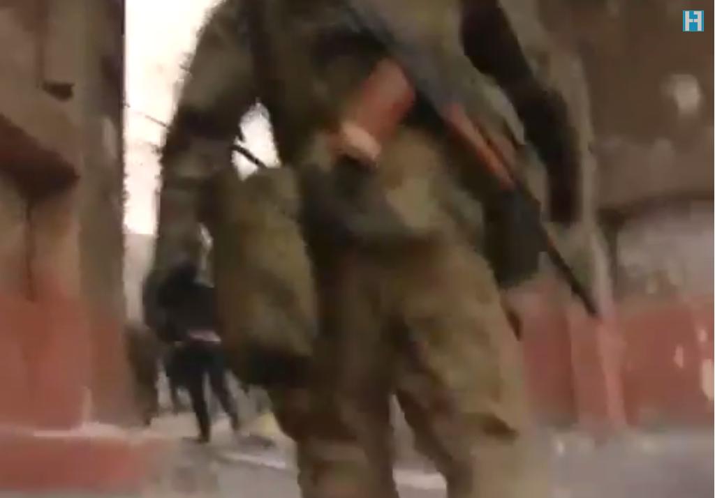 ΝΤΟΚΟΥΜΕΝΤΟ! Μισθοφόροι του ΝΑΤΟ σφάζουν στην Μαριούπολη! (βιντεο)