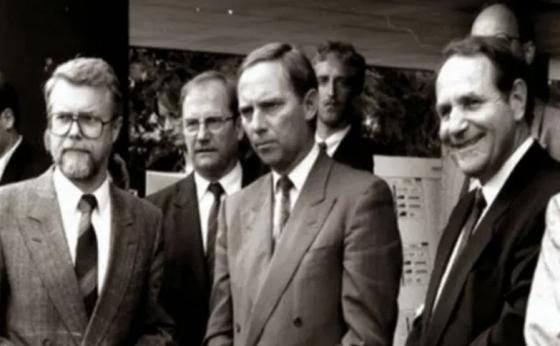 Το μαφίοζικο παρελθόν του Σοιμπλε Schäuble als Don Corleone #Schaeuble #Grexit #Varoufakis