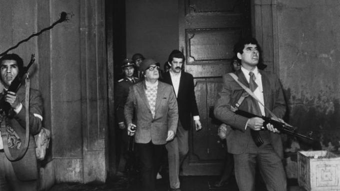 Το πρόβλημα στη Χιλή δεν ήταν ότι οι εργάτες «πήγαν πολύ μακριά», αλλά ότι άφησαν το κράτος και τις δομές του καπιταλισμού στη θέση τους.