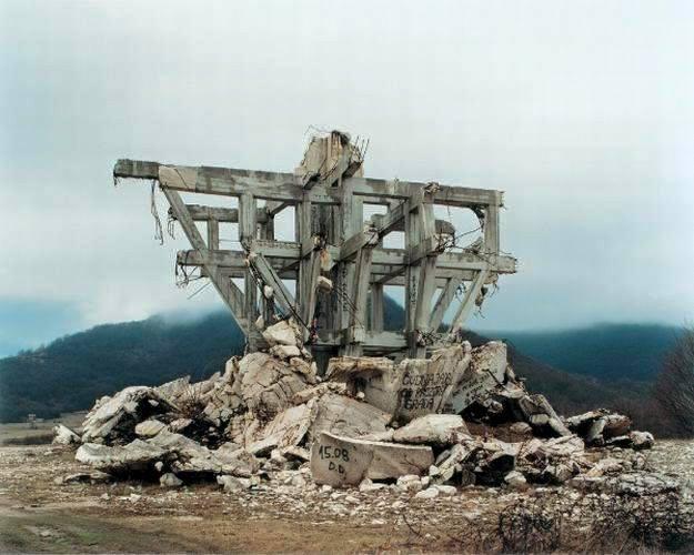 Το τέλος της Ιστορίας: Μια κριτική στις θέσεις των Φουκουγιάμα και Χάντιγκτον
