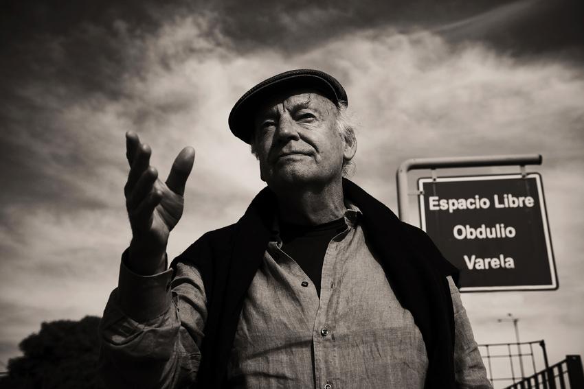 Eduardo Galeano – ΟΙ ΛΕΞΕΙΣ ΤΑΞΙΔΕΥΟΥΝ