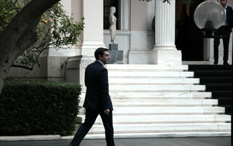 tsipras_perpataei