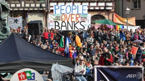 people-over-banks-germany-protest