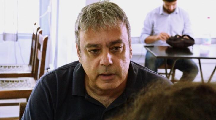ΧΡΙΣΤΟΦΟΡΟΣ ΒΕΡΝΑΔΑΚΗΣ Επίκουρος Καθηγητής στο Τμήμα Πολιτικών Επιστημών του ΑΠΘ και ήταν Αναπληρωτής Υπουργός για θέματα Διοικητικής Μεταρρύθμισης στην κυβέρνηση Σύριζα