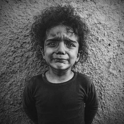 ΦΩΤΟΓΡΑΦΙΑ Portrait of a refugee child arrived in Chios island (photo by Lene Marie Fossen) #refugeesGr #refugeeswelcome
