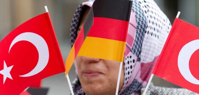 germania-toyrkia-flags-960x460