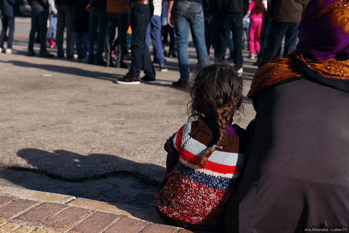 Φοίβος Κλαυδιανός – Ασφυκτική κατάσταση στα Ελληνικά νησιά λόγω προσφυγικού – Εσωκομματικά προβλήματα στην ΝΔ από ακροδεξιά στελέχη της