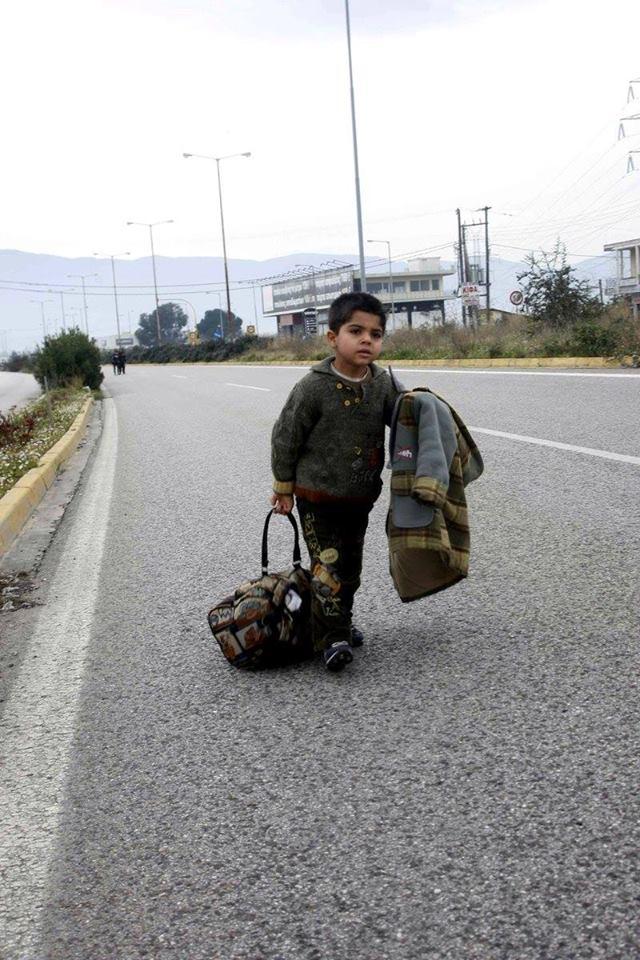 refugeesGR-refugees-ΠΡΟΣΦΥΓΕΣ-BORDERS-netakias.com #griechenland #Flüchtlingskrise #refugees  #SafePassage #StopWars  (11)