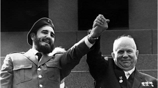 Ο Φιντέλ Κάστρο και ο Νικίτα Χρουστσόφ Ο Φιντέλ Κάστρο και ο Νικίτα Χρουστσόφ  