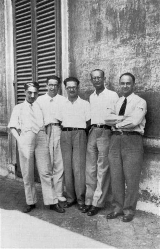 Oscar D'Agostino, Emilio Segrè, Edoardo Amaldi, Franco Rasetti ed Enrico Fermi