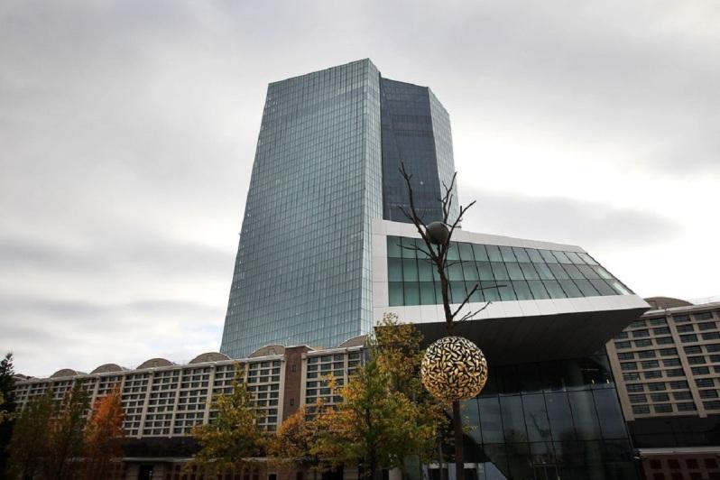 Comment la BCE a gagné « 7,8 milliards d_euros grâce à la dette grecque »