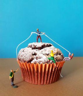 Ιταλός ζαχαροπλάστης δημιουργεί εντυπωσιακούς μικρόκοσμους με επιδόρπια (22)
