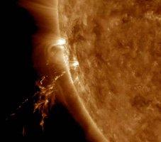 Μια ηλιακή έκρηξη - Οκτώβριος
