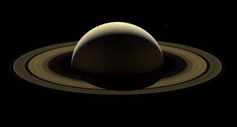 ποψη του Κρόνου από το Cassini, αποτελούμενη από 42 διαφορετικές λήψεις - Σεπτέμβριος