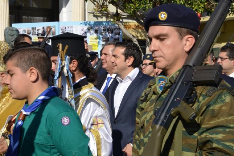Die Welt Η Ελλάδα ξεπερνά κάθε προσδοκία ΑΛΕΞΗΣ ΤΣΙΠΡΑΣ ΠΑΝΟΣ ΚΑΜΜΕΝΟΣ