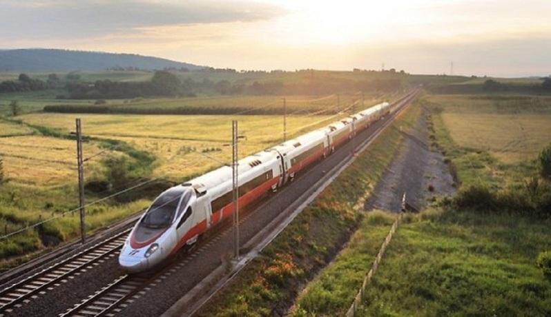 Αργυρό Βέλος: Με αυτό το τρένο θα ταξιδεύουμε Αθήνα – Θεσσαλονίκη σε 3,5 ώρες!