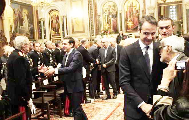 paylopoylos-tsipras-mhtsotakhs-sth-doksologia-gia-to-neo-etos1