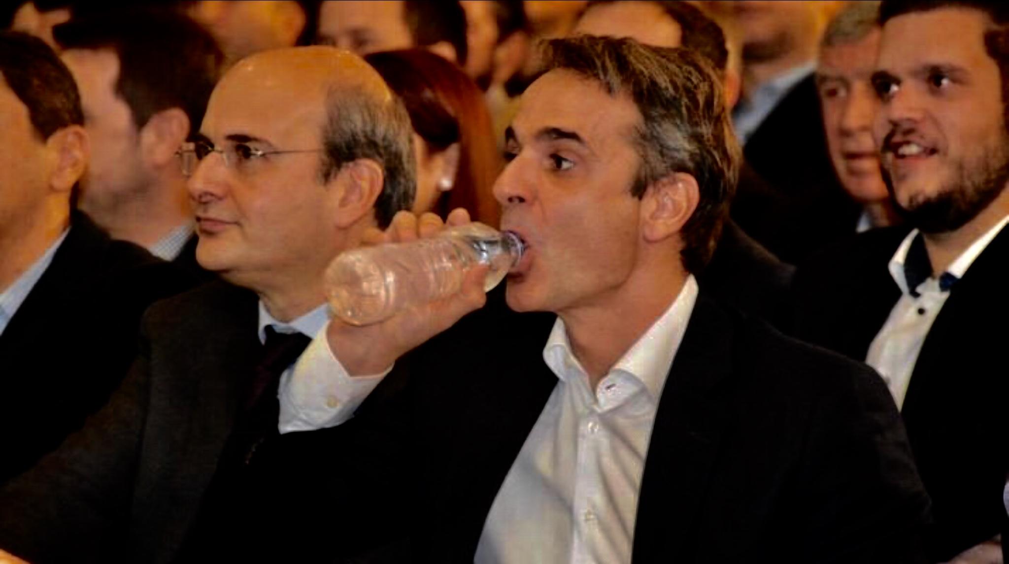 Ανεπανάληπτο φιάσκο: Εφαγε χυλόπιτα κι από τον Γιούνκερ ο Μητσοτάκης – Ακύρωσε τη συνάντηση