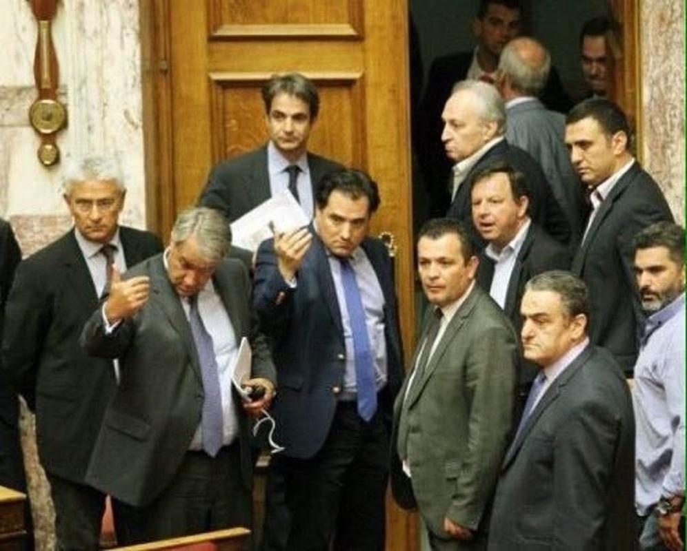 ΑΝΤΙΔΡΑ η Νέα Δημοκρατία στην αύξηση του κατώτερου μισθού-θα καταψηφίσει το ΚΚΕ! ΔΕΙΤΕ ΜΕ ΤΙ ΔΙΚΑΙΟΛΟΓΙΕΣ!