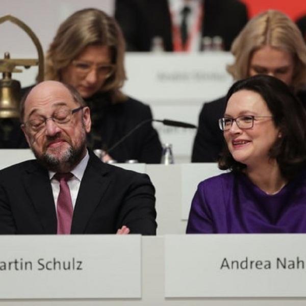 Η Αντρέα Νάλες πήρε τη... σκυτάλη της αποτυχίας από τον προκάτοχό της στην προεδρία των Γερμανών Σοσιαλδημοκρατών, Μάρτιν Σουλτς. Και μακάρι να ήταν μόνο η Γερμανία... | AP Photo / Markus Schreiber