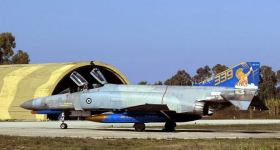 hellenic-air-force-f-4e-phantom-ii-general-electric-j-79-turbojet-engines-with-afterburners-9