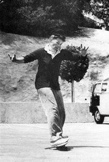 Katharine Hepburn skateboarding, 1960