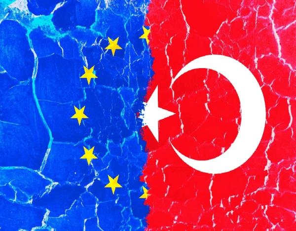 EU TURKEY EUROPE Χαστούκι στον Ερντογάν από το Ευρωπαϊκό Κοινοβούλιο Grunge textured European Union and Turkey torn cracked flags. Co