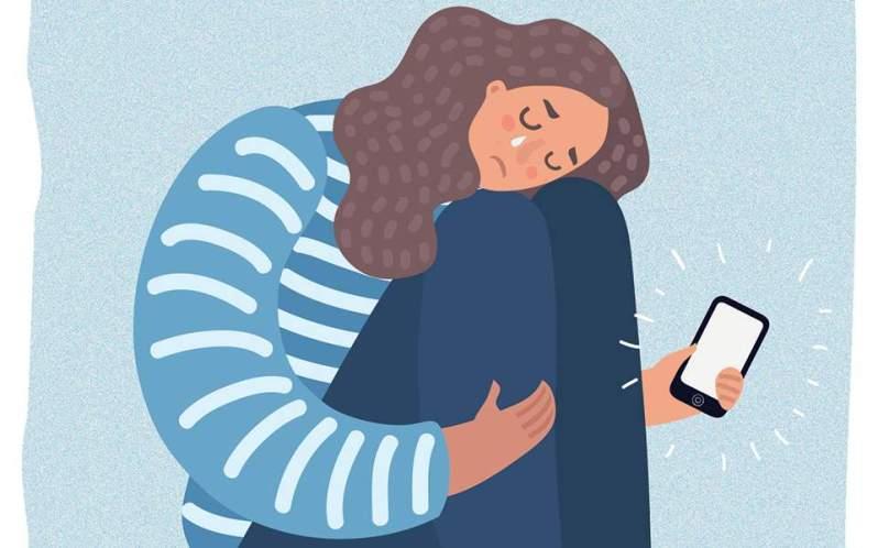 H κατάθλιψη μπορεί να είναι η έσχατη άμυνα των αγνών οργανισμών απέναντι στο εικονικό πανηγύρι της στιγμιαίας επιβράβευσης και της ματαιοδοξίας. H δημοσιογράφος Νάνσι Τζο Σέιλς πιστεύει ότι πρέπει όλα να ξεκινούν από τη μόρφωση, γι' αυτό και στο τέλος του βιβλίου της προτρέπει: «Κορίτσια, κλείστε τις οθόνες και ανοίξτε τα βιβλία».
