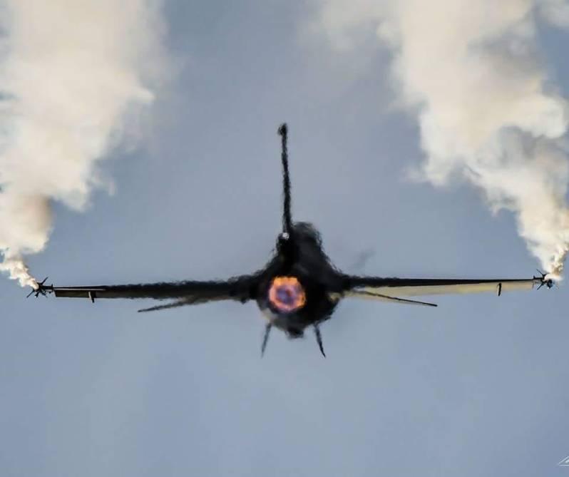 Greek F-16C Block 52+ Zeus Team view FOX 3