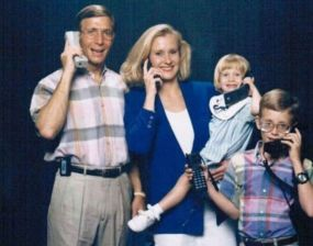 family-more-phones