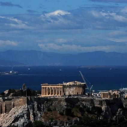 ACROPOLIS-PARTHENON-SARONIKOS Θυμάστε την εμβληματική θέα της Ακρόπολης τα τελευταία 2.500 χρόνια, από κάθε πλοίο που έμπαινε στην Σαρωνικό για να δέσει στο λιμάνι του Πειραιά; Ξεχάστε το.