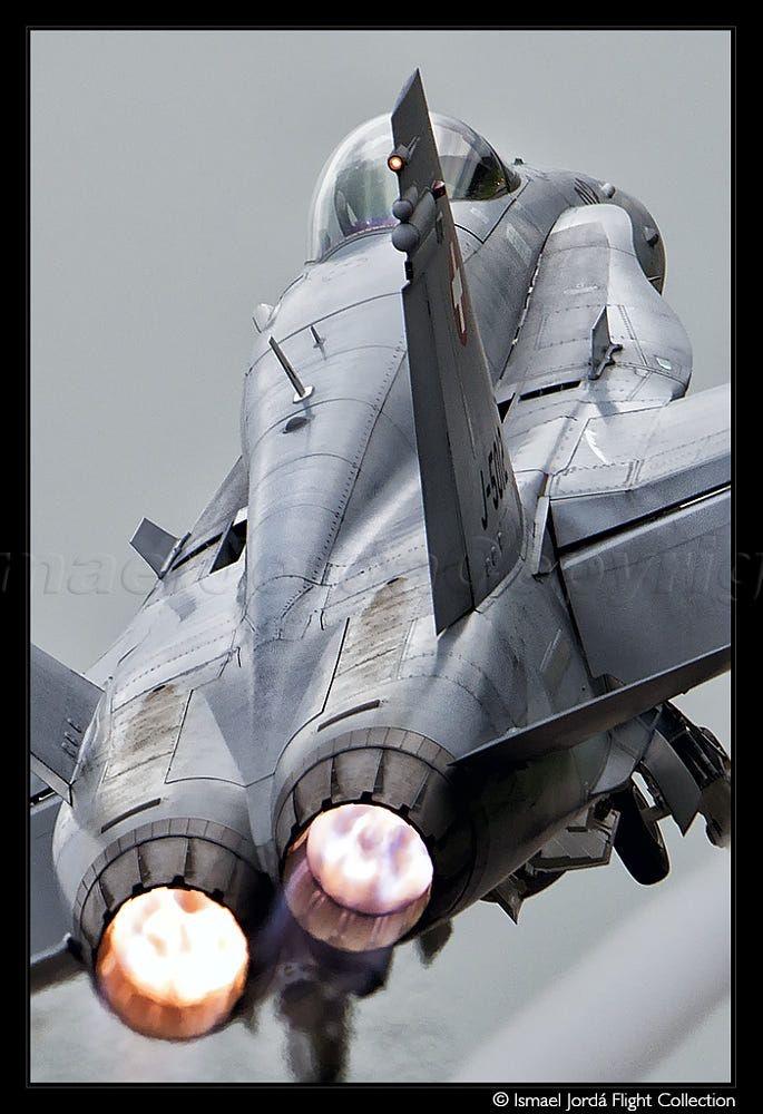 F-18C rear view FOX 3