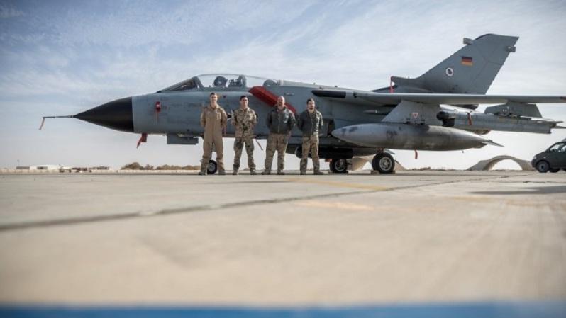 Luftaufklärung der Bundeswehr über Syrien und dem Irak Δολοφονία Σουλεϊμανι: Ραγδαίες εξελίξεις η Γερμανία αποσύρει στρατιώτες από το Ιράκ.