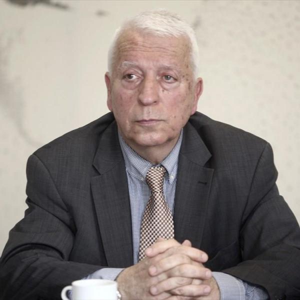 Από πλευράς του ο Περιφερειάρχης Βορείου Αιγαίου, Κώστας Μουτζούρης, σημείωσε το πρωί της Τρίτης στον Ant1 ότι «σε κανέναν Έλληνα σε καιρό ειρήνης δεν αρέσει να ακούγεται ο όρος «επίταξη»