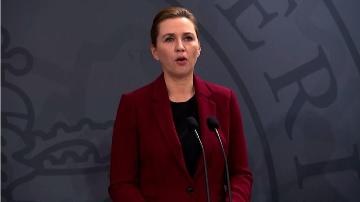 Statsminister Mette Frederiksen (S) præsenterer en ny trepartsaftale, der skal hjælpe lønmodtagerne i forbindelse med situationen, som coronavirusset har skabt.