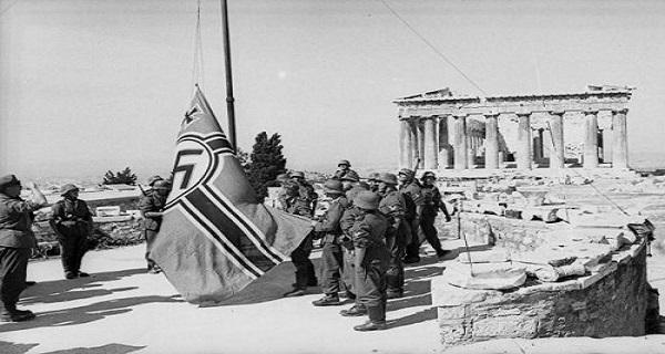 27 Απριλίου 1941 akropoli_1941_nazi (2)
