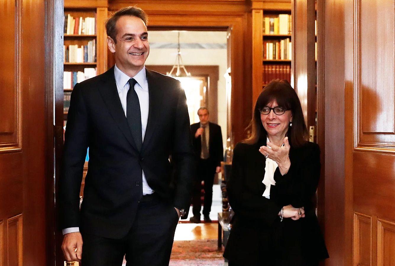 Χλίδα, Μεγαλεία και Master Chef για την Κατερίνα Σακελλαροπούλου στις σουίτες του Προεδρικού Μεγάρου με τον σύντροφό της