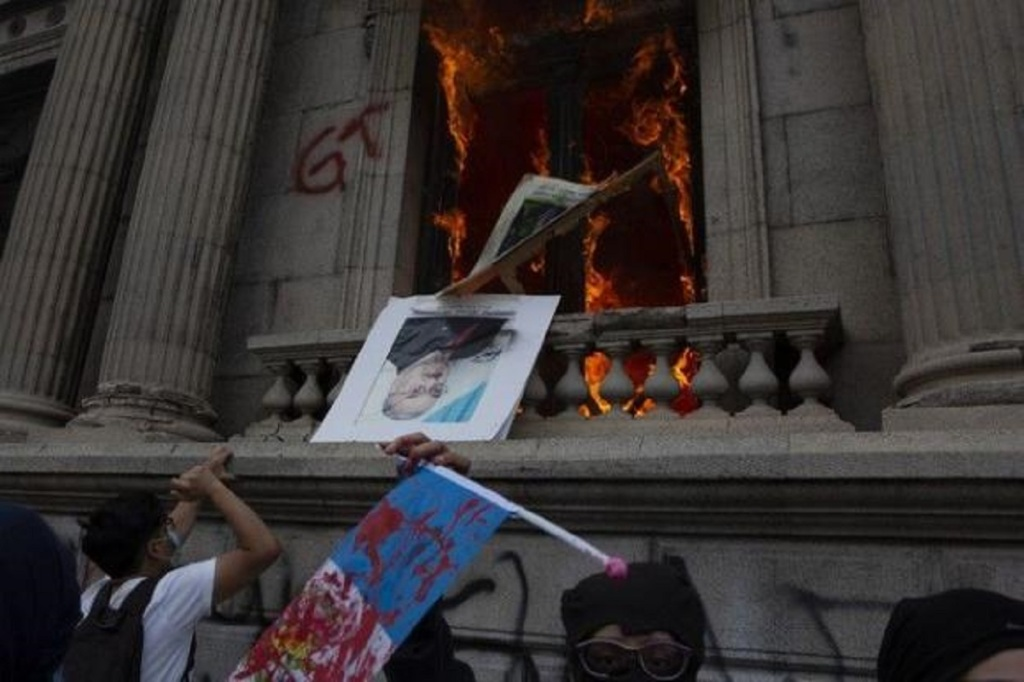 Guatemala Congress on fire after protesters storm building