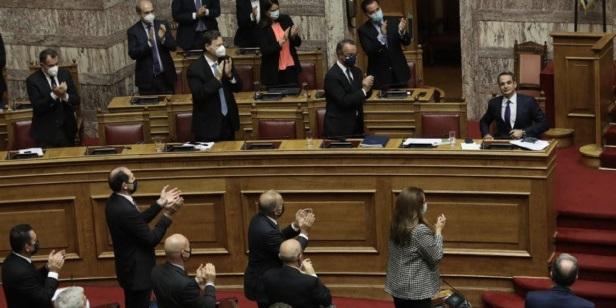 ΚΥΡΙΑΚΟΣ-ΜΗΤΣΟΤΑΚΗΣ-KYRIAKOS-MITSOTAKIS-VOULI