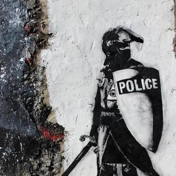 Η κυβέρνηση εδραιώνει την «αριστοκρατική κατοχή» της εξουσίας