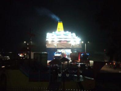 Πρόσκρουση του Νήσος Μύκονος στο λιμάνι του Αγίου Κηρύκου (5)
