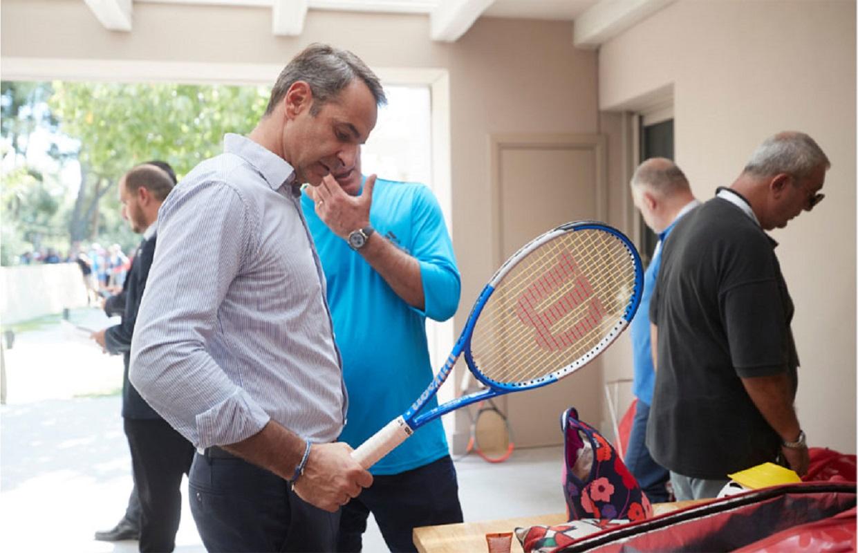 """""""Λαϊκισμός και τένις"""" του Δημήτρη Ριζούλη"""