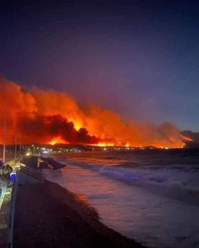 Φωτιά Τώρα Σχίνος Κορινθία Βυθούλας Μέγαρα Αλεποχώρι (4)