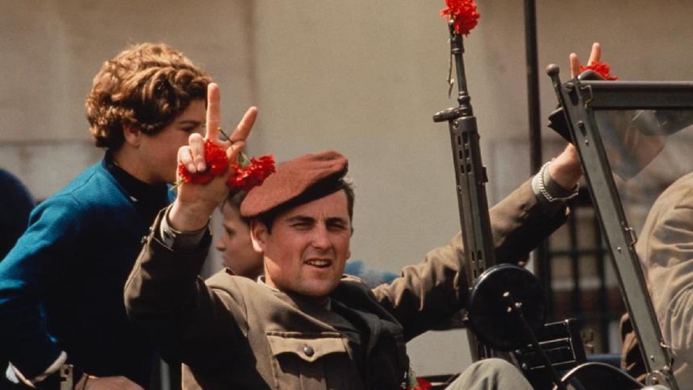Πέθανε ο στρατηγός της Επανάστασης των Γαρυφάλλων, Οτέλο Σαράιβα ντε Καρβάλιο