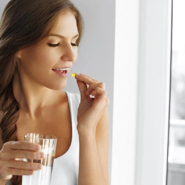 Παρενέργειες εμβολίου COVID-19 Ποια συμπληρώματα διατροφής βοηθούν